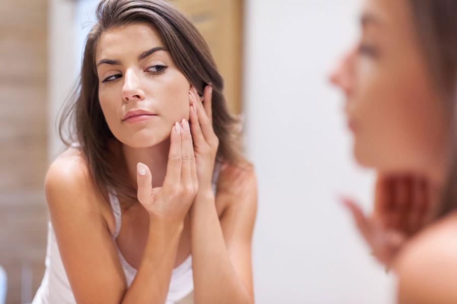 jak pielęgnować suchą skórę twarzy?
