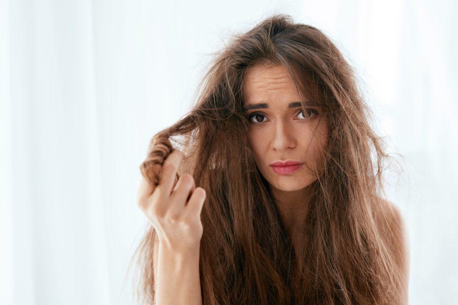 najlepsze sposoby na elektryzujące się włosy
