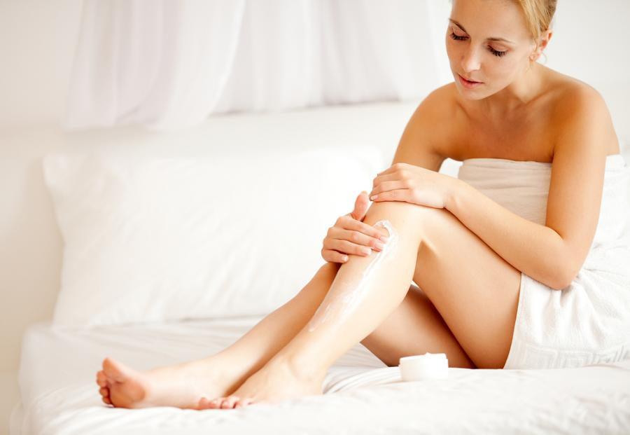 sposoby na gładką skórę łokci i kolan